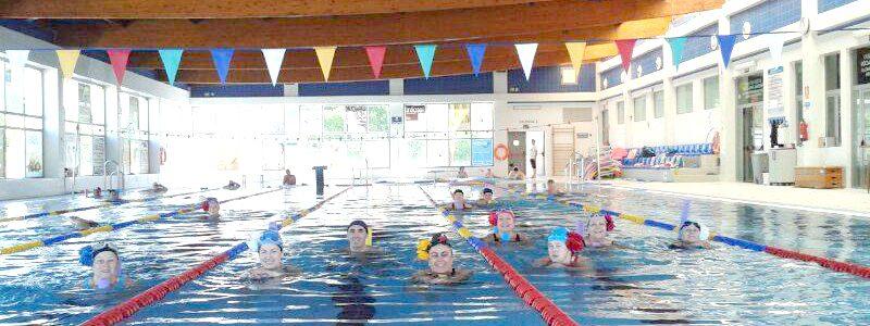 Las piscinas cubiertas pronto abrir n sus puertas con for Piscina huetor tajar