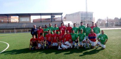 Moraleda recoge firmas para mejorar el estado del campo de fútbol