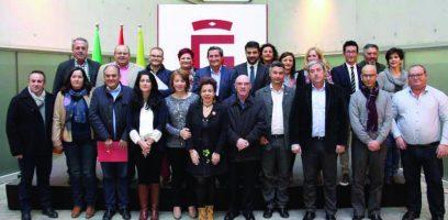 Varios alcaldes del Poniente participan en el primer consejo de alcaldes de Diputación