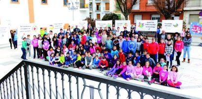 200 escolares de Huétor Tájar y Villanueva celebran el Día de la Paz