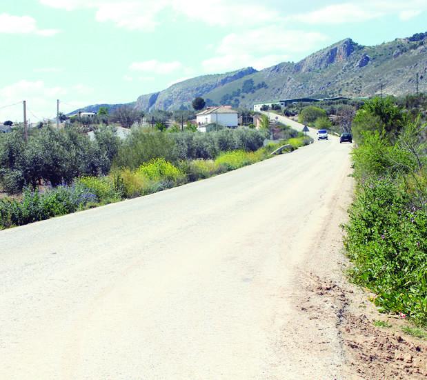Mejoras en la carretera que une la Esperanza de Loja con Huétor Tájar